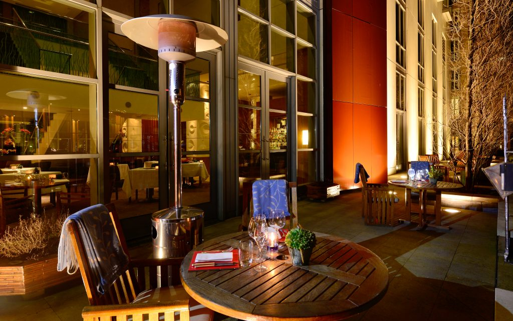 wintertime-terrace-at-canary-riverside-plaza-hotel