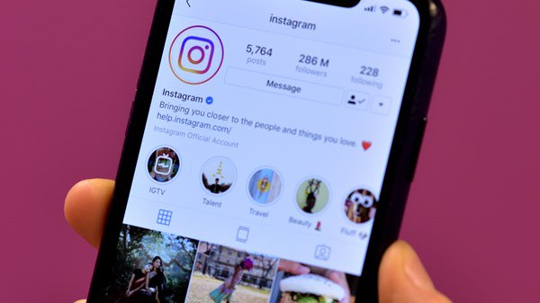 Instagram, Social Media, Canada, Technology, Culture