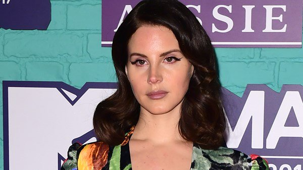 Lana Del Rey makes song about mass shootings