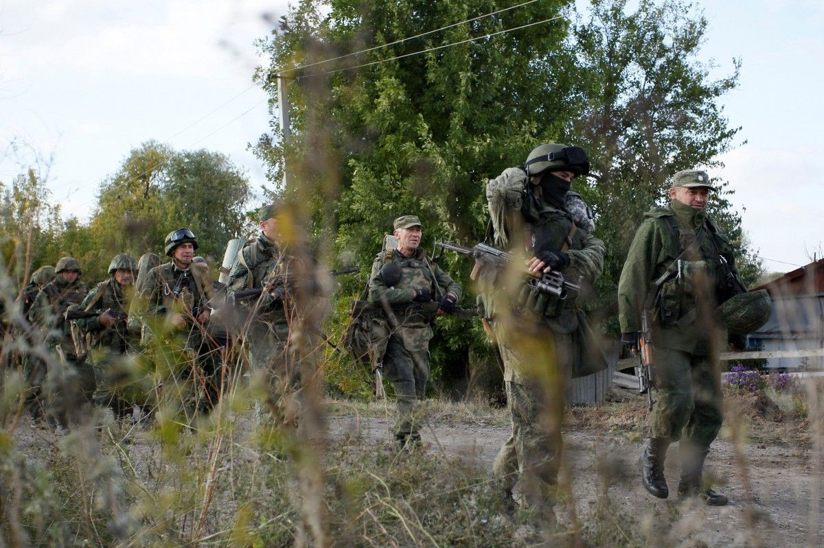 Russia-Ukraine backed forces hauling weapons; Europe