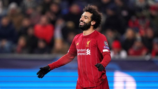 Mohamed Salah helps lift Liverpool to the round of 16