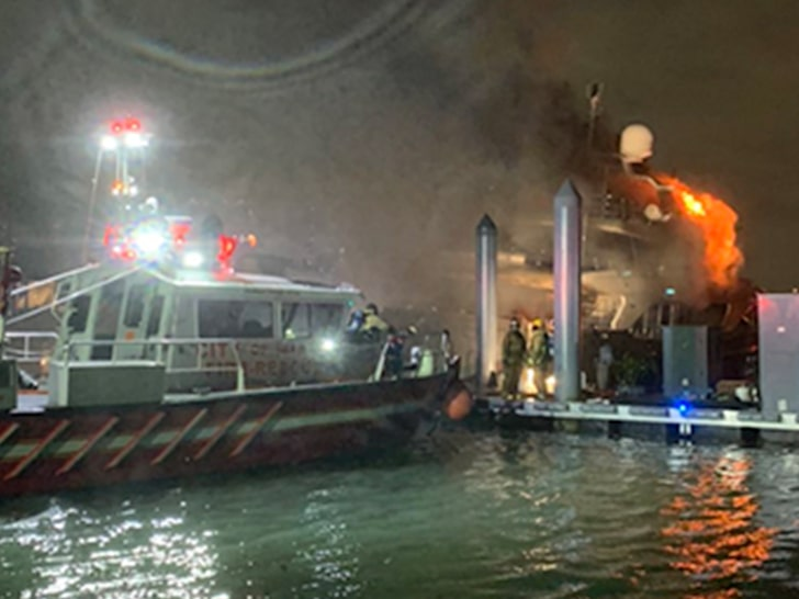 Marc Anthony's boat in flames in Miami, Florida