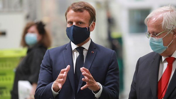 France plans on bailing car industry out