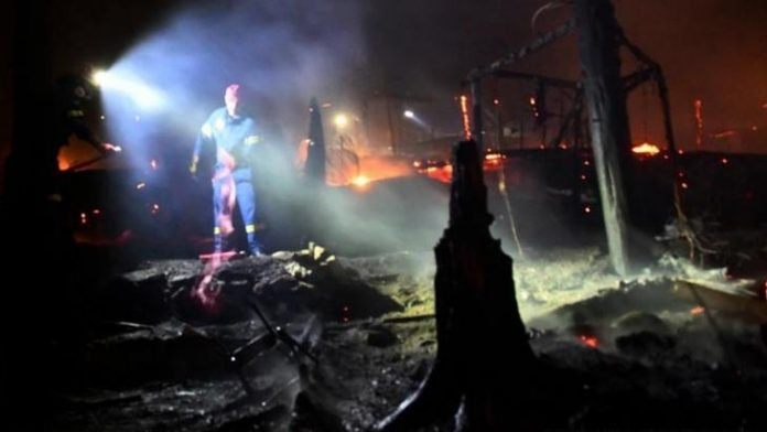 Greece, Europe, Fire, Migrant camp catches fire